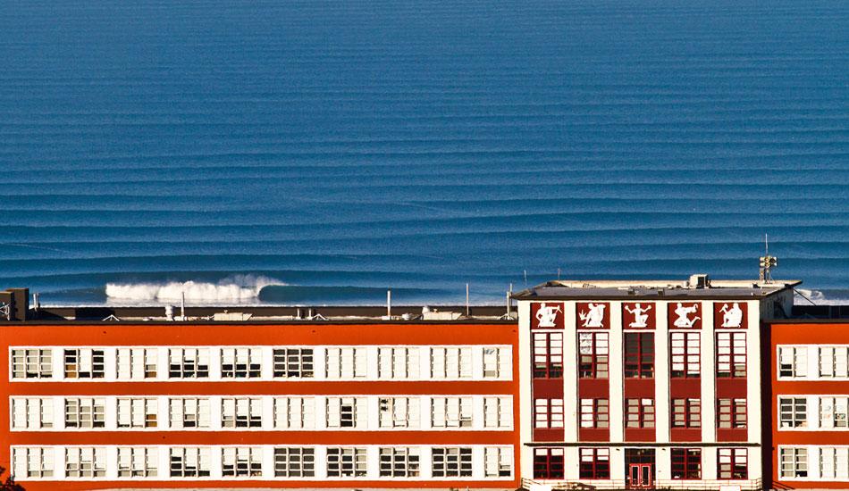 """Lines to infinity. Photo: <a href=\""""http://www.adamwarmington.com/\"""">Adam Warmington</a>"""