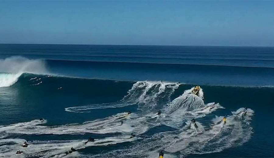 Terrifying Drone Footage of an Outer Reef Rogue Cleanup Set and the Ensuing PWC Carnage
