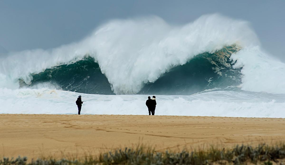 "Praia do Norte. Photo: Photo: <a href=\""https://www.instagram.com/helio_antonio/?hl=en\"">Hélio António</a>"