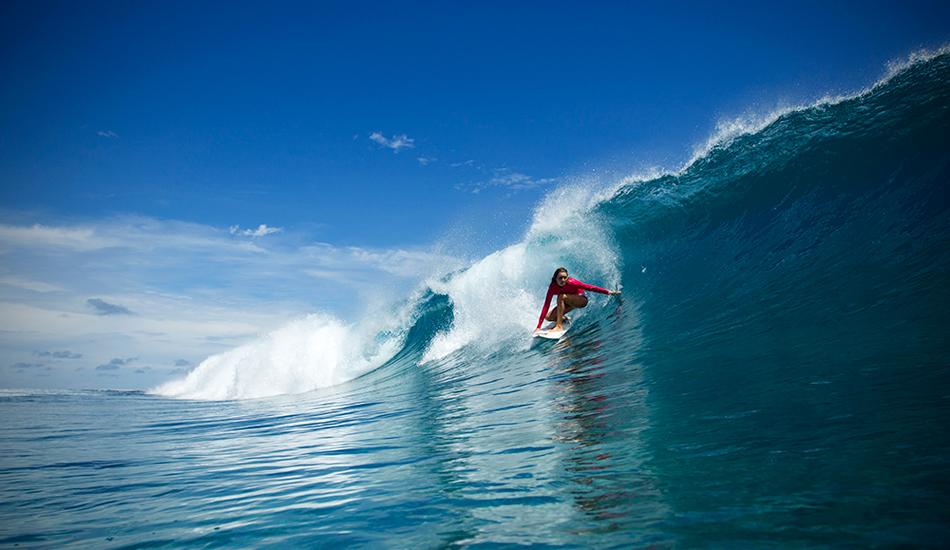 "Setting up for a backhand barrel. Photo: <a href=\""http://clareplueckhahn.com.au/\"" target=_blank>Clare Plueckhahn</a>."