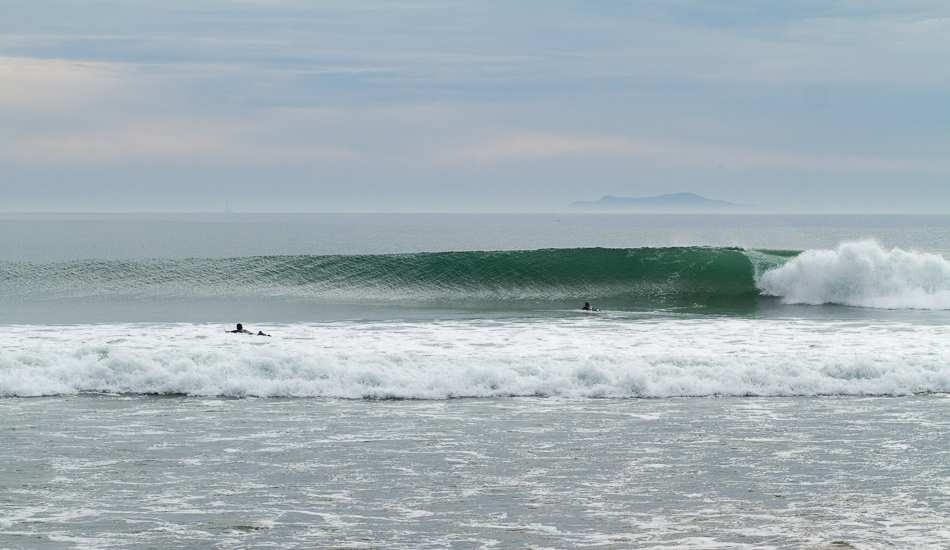 "Surf Check #43. Yeup, it's still rideable. Photo: <a href=""http://lowtiderising.com\"">Aroyan/lowtiderising.com</a>"