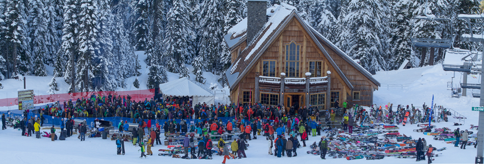 A sea of friends at the annual Baked Salmon BBQ, a Banked Slalom tradition.