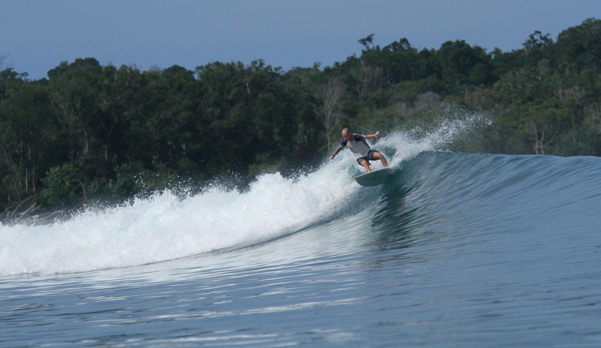 "The funny wave at Dindos. Photo: <a href=\""http://www.benbireau.com\""> Ben Bireau</a>"