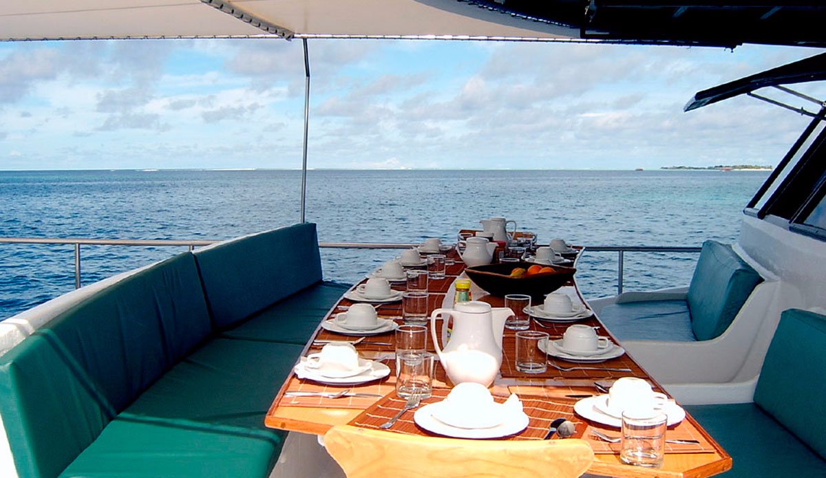 GoThere: 5 Reasons You Need to Take a Boat Trip to the