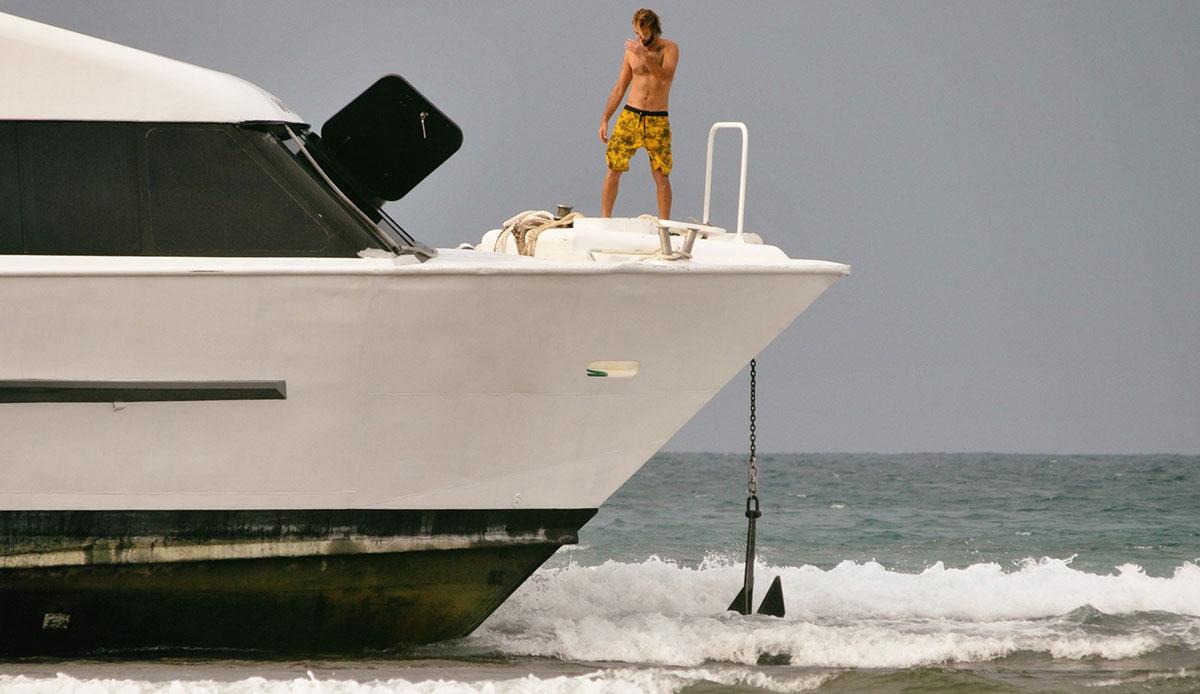 "The skipper messed up. Photo: <a href= \""http://joaobracourt.com/\"" target=_blank>Joao Bracourt.</a>"