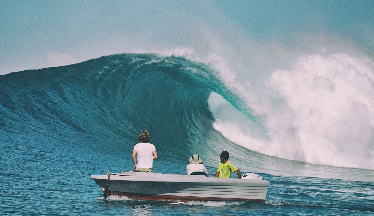 """Heavy inside session. Photo: <a href= \""""http://joaobracourt.com/\"""" target=_blank>Joao Bracourt.</a>"""