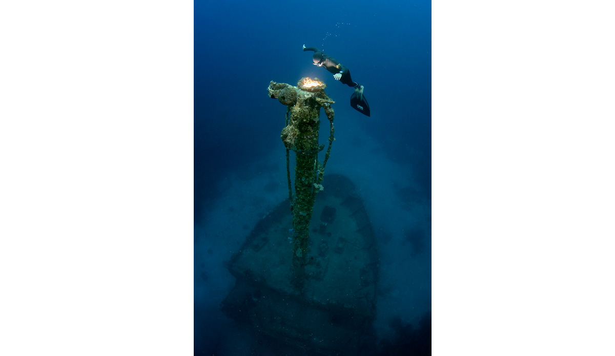 """South America\'s best freediver Carlos Coste on the Aguila Wreck. Photo: <a href=\""""http://liabarrettphotography.com/\"""" target=_blank>Lia Barrett</a>"""