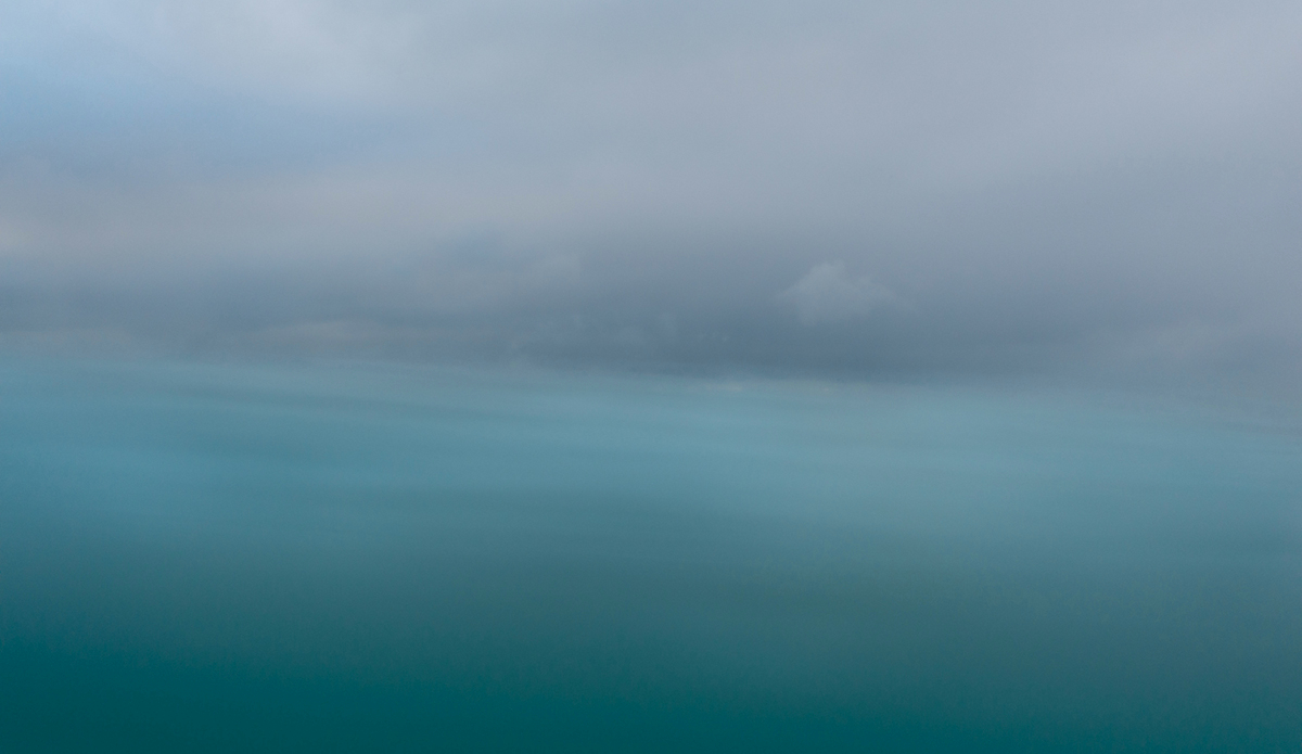 "The thin blue line. Photo: <a href=\""http://www.chechorley.com/\"">Che Chorley</a>"