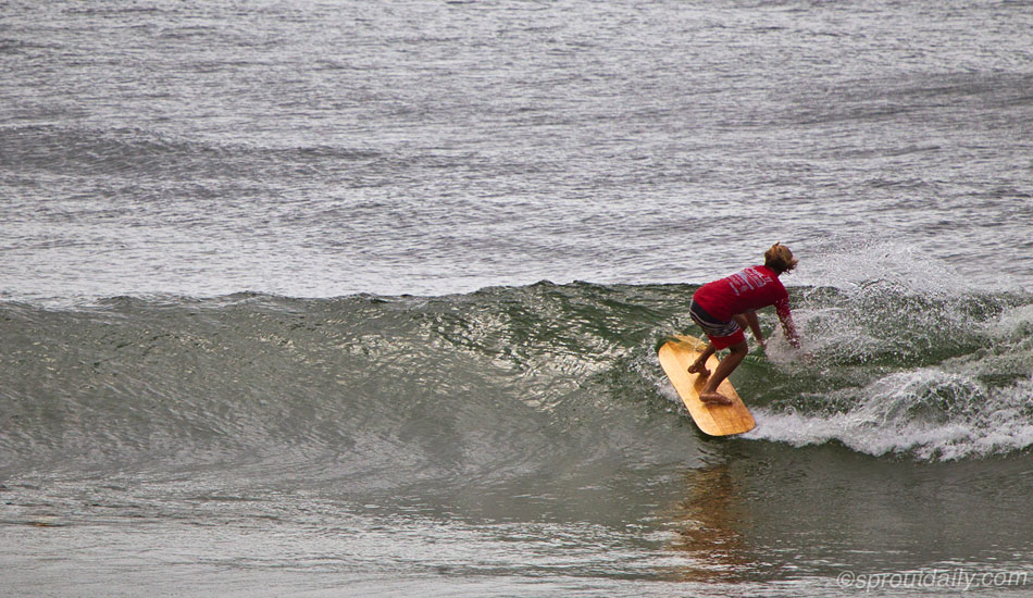 "Jacob Stuth, who has surfed alaias for over six years, la las effortlessly through the inside section. Photo: <a href=""http://www.sproutdaily.com\"" target=_blank>SproutDaily.com</a>"