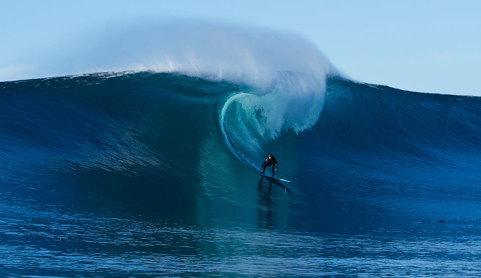 """Greg was greeted with near-perfection. Photo: <a href=\""""http://www.mavsurfer.com\""""> Frank Quirarte.</a>"""