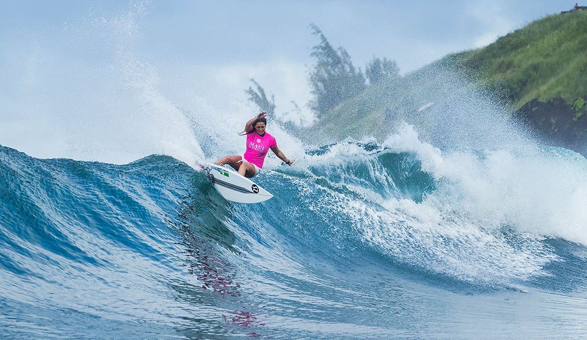 Stephanie Gilmore Wins Maui Women's Pro at Honolua Bay | The