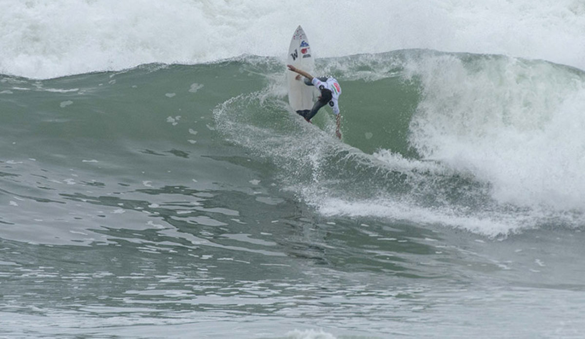 """Peru\'s Anali Gomez took home the gold medal in the women\'s division. Photo: <a href=\""""http://www.isasurf.org/\"""">ISA 