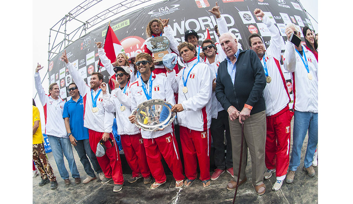 """Local knowledge paid off as Peru took team gold. Photo: <a href=\""""http://www.isasurf.org/\"""">ISA 