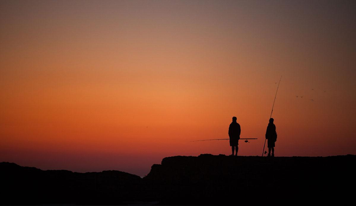 "Fishermen on Snapper Rocks. Photo: <a href=\""http://jessethompsonphotographer.com/\""> Jesse Thompson</a>"