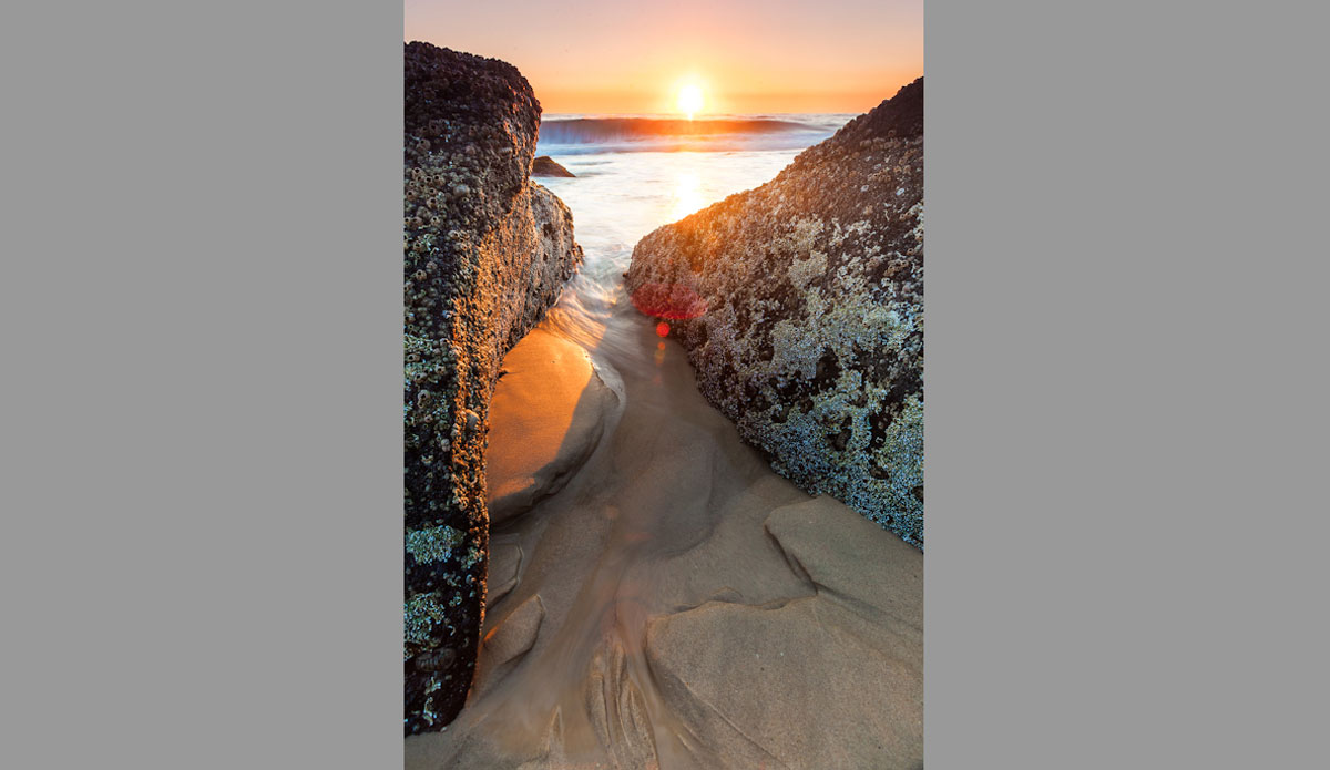 """The tide going out through the rocks at Point Danger. Photo: <a href=\""""http://jessethompsonphotographer.com/\""""> Jesse Thompson</a>"""