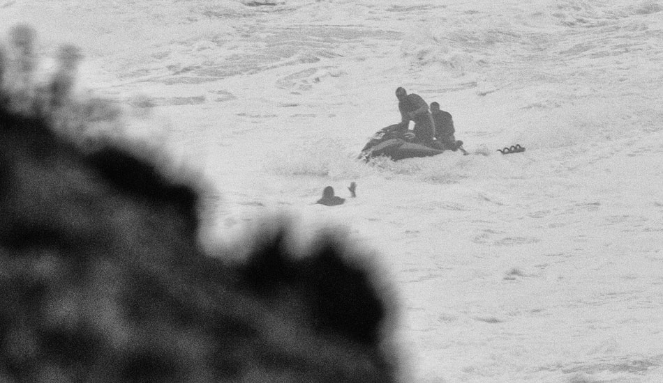 "Carlos being rescued himself. Photo: <a href= \""http://joaobracourt.com/\"" target=_blank>Joao Bracourt.</a>"