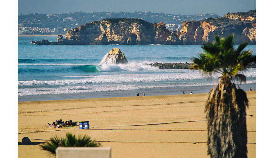 "Praia da Rocha, normally a summer tourist spot, transformed into a surfer\'s paradise during this huge swell. Photo: <a href= \""http://joaobracourt.com/\"" target=_blank>Joao Bracourt.</a>"