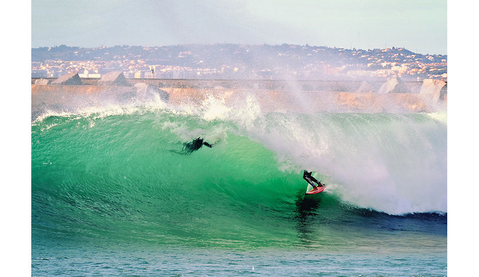 Francisco Canelas and I enjoying the flawless conditions. Photo: Nuno Mestre
