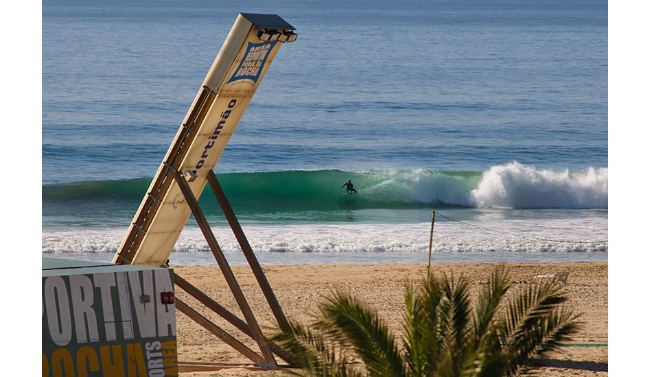 """A full sports arena, even the middle of the beach had great waves. Photo: <a href= \""""http://joaobracourt.com/\"""" target=_blank>Joao Bracourt.</a>"""
