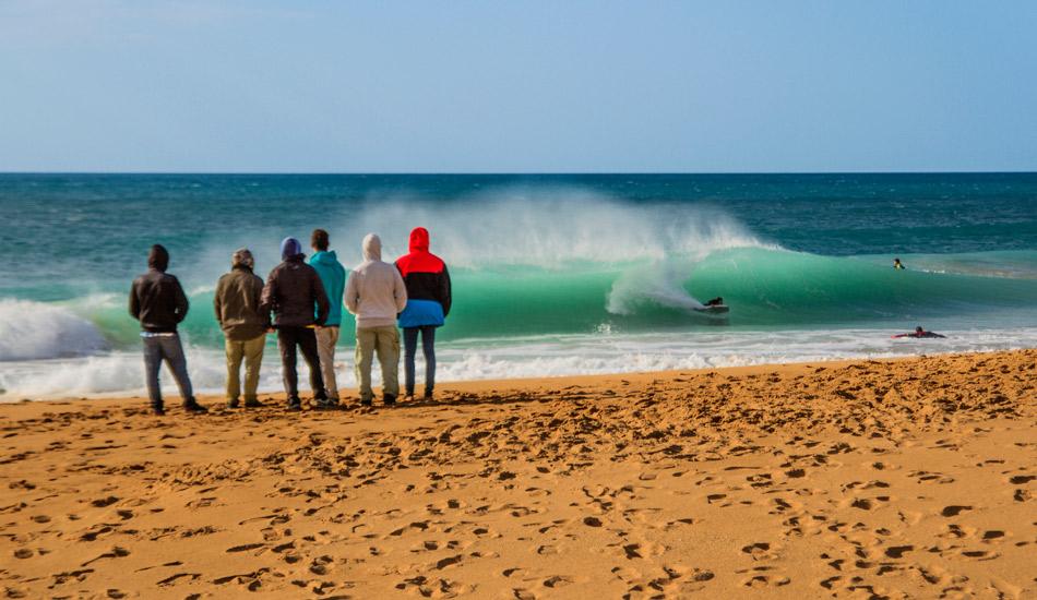 "We waited patiently for high tide… it was worth it. Photo: <a href=\""http://www.jorgeibáñez.com\""> Jorge Ibáñez</a>"