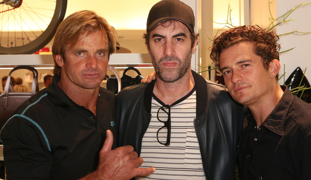 Laird, Sacha Baron Cohen, and Orlando Bloom...just chillin\'.(Photo by Ari Perilstein/Getty Images for Laird Apparel LLC)