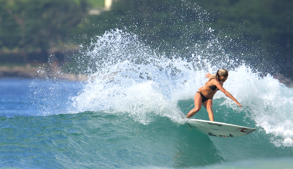 """An Alana gouge. So much more than a pretty face. Photo: <a href=\""""http://www.mikecoots.com\"""">Mike Coots</a>"""