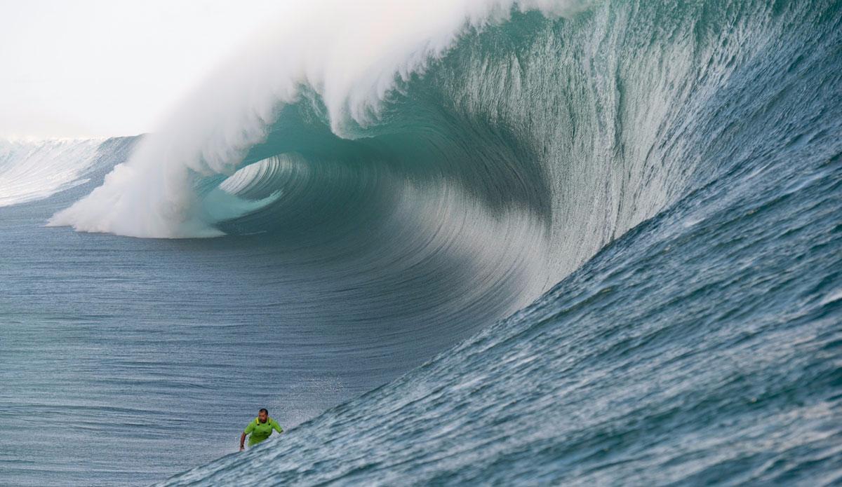 "Pato Texeia with a mountain behind him. Photo: <a href=\""http://www.timmckennaphoto.com/\"">Tim McKenna</a>"