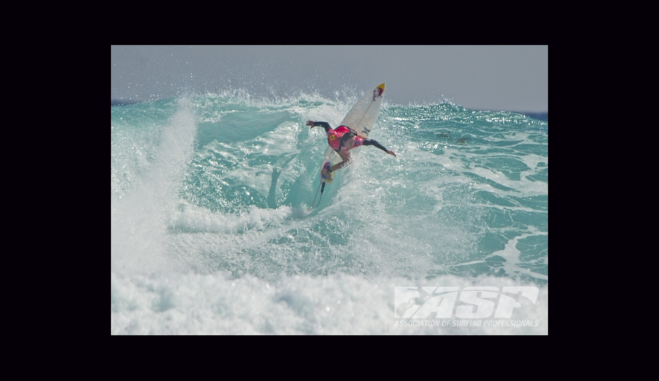 Carissa slashed up Margaret River\'s steep walls en route to her first win of the 2013 season. Image: ASP/Robertson