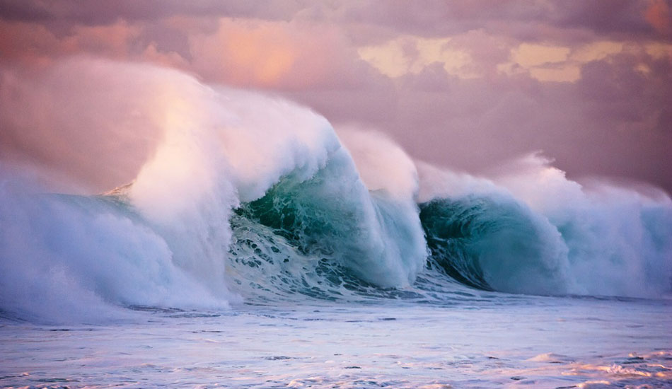 """A wild rapidly rising swell hitting both OTW and Backdoor in Hawaii resulting in this amazing monster. Mind blowing how close to shore this actually is. Photo: <a href=\""""http://www.natesmithphoto.com/\"""" target=_blank>Nate Smth</a>"""