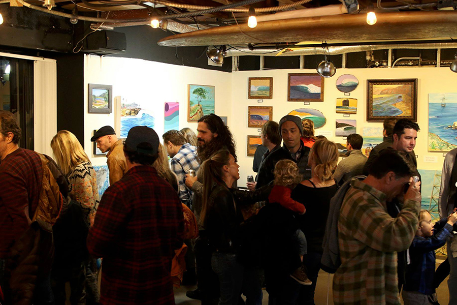 The gallery filled in quickly. Photo: Jerry Jaramillo