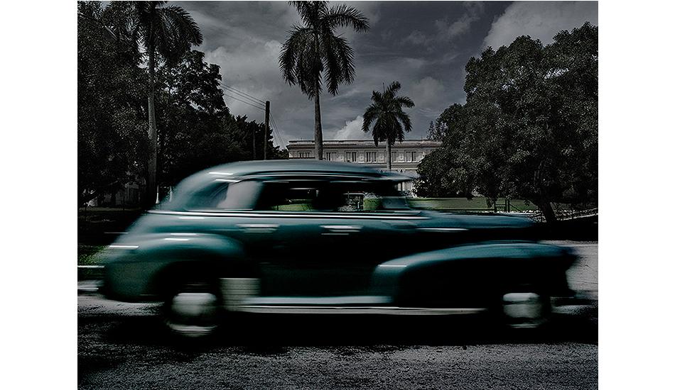Casa Cohiba, Havana, Cuba by Werner Pawlok, 2004. Fine art print on Sommerset velvet paper.