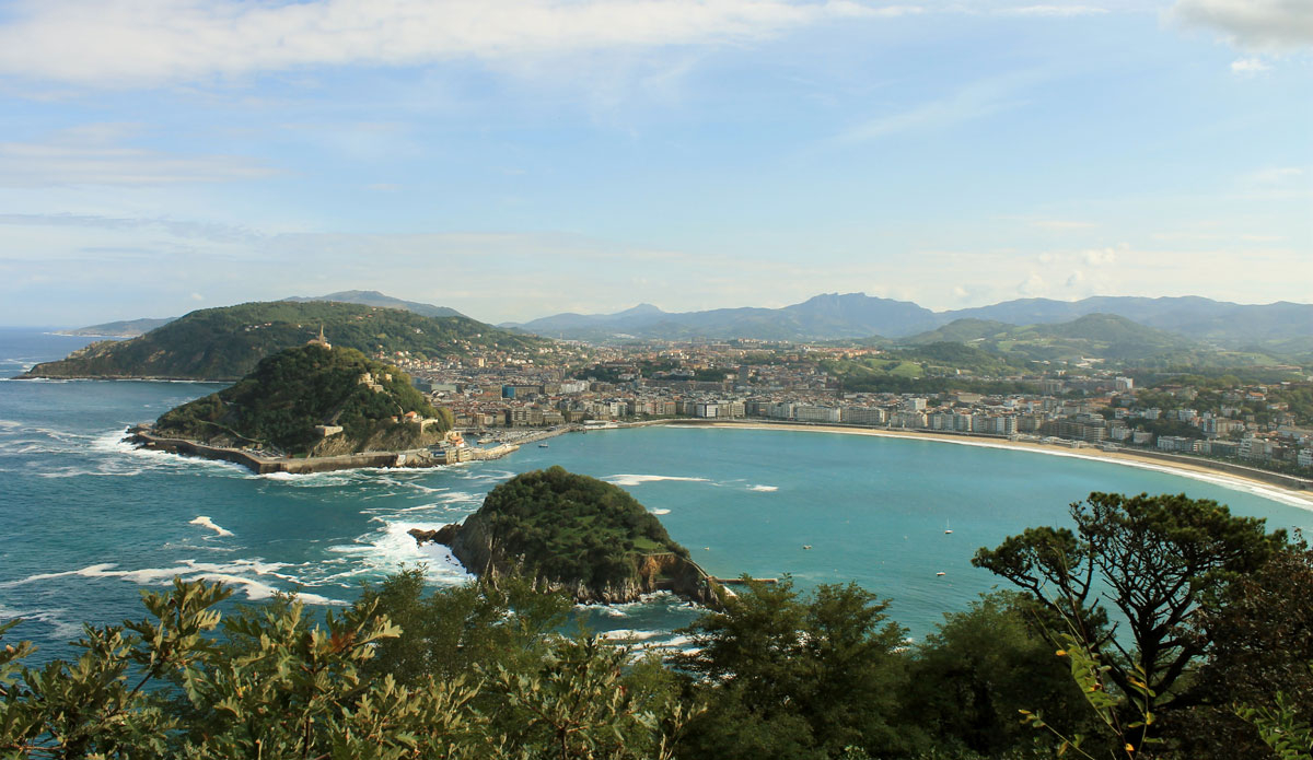"San Sebastian, Spain. This gorgeous town is known for its tapas, cocktails, and amazing wine. Photo: <a href=""http://www.ryanwattersphoto.com/\"">Ryan Watters</a>"