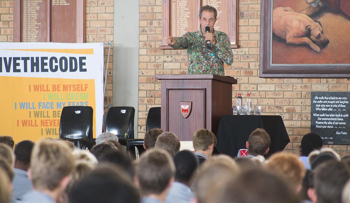 Shaun Tomson speaking at Maritzburg College.
