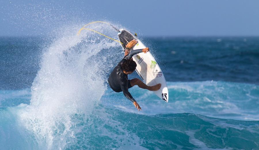Great lighting. Great surfer. Great photo. Yago Dora at Rocky Point. 1/23/17. Photographer: Hanna Hancock