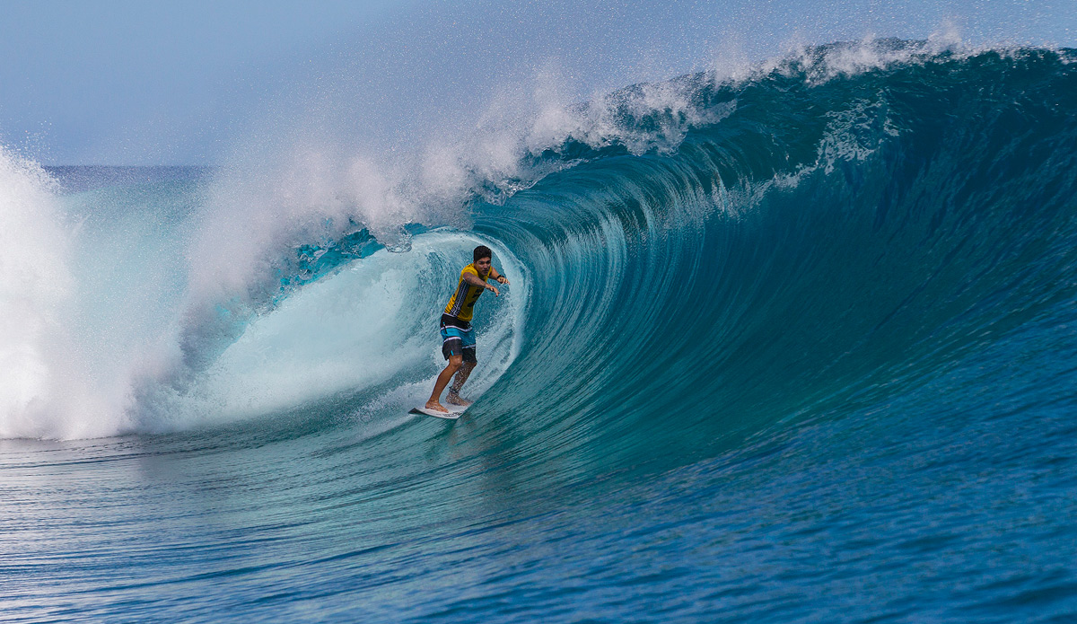 Gabriel Medina eliminated wildcard Nathan Hedge, the only 10-point scorer of the event thus far. Photo: ASP