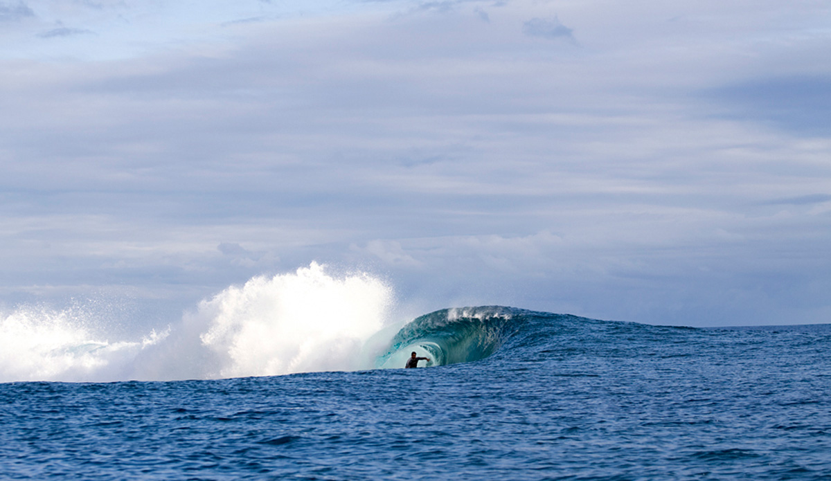"This is Teahupoo. Even small, it\'s one of the most beautiful waves that I have ever seen. Image: <a href=""http://www.luizblanco.com/Home.html\"" target=\""_blank\"">Blanco</a>"