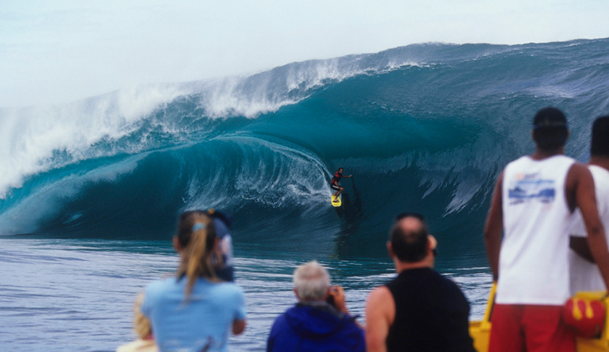 "Here\'s Everaldo from Brazil on a monster of a wave at Teahupoo in 2005. Image: <a href=""http://www.vincestreet.com\"" target=\""_blank\"">Street</a>"