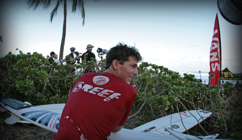 Andy Irons looking on. Photo: 
