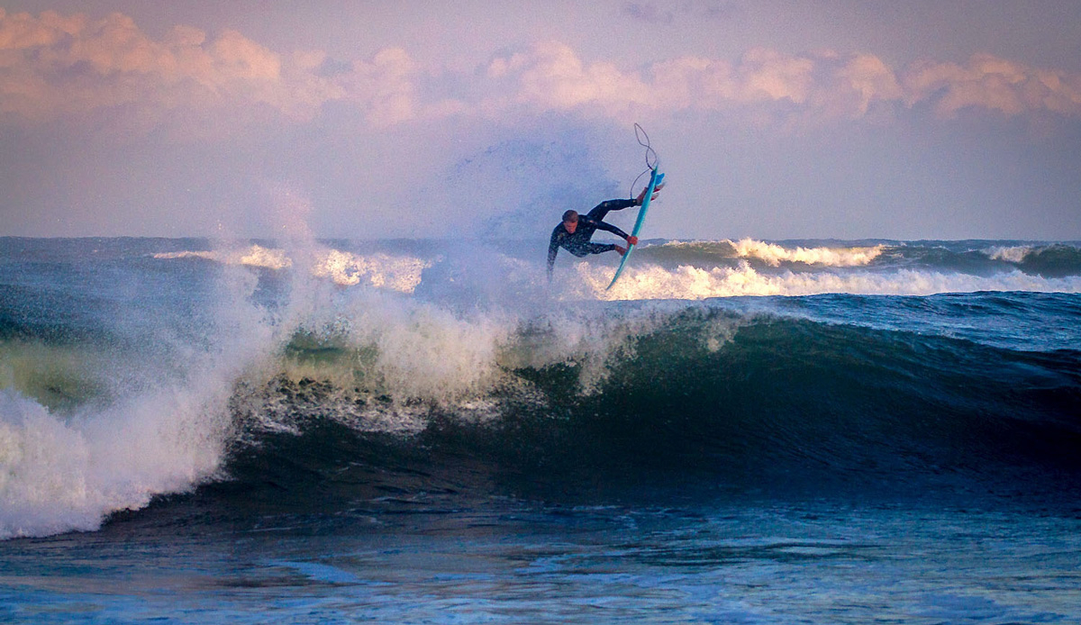 Simon Fish flying into the wind in the late evening. Photo by: Tyerell Jordaan