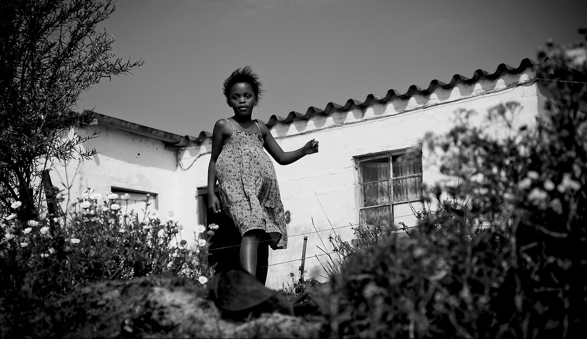 Kids take advantage of the summer holidays and head outside, playing until dark. Photo by: Tyerell Jordaan
