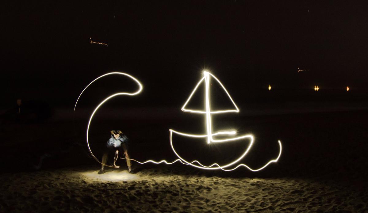 "Lightisamazingandcapturingitinmotionisawholelotoffun.Withtheseitsallabouttiming,placement,andknowingwhereprevioustrailis.Stoked!GetBarreled! Photo: <a href=\""https://instagram.com/speonnphoto\"">@speonnphoto</a>"