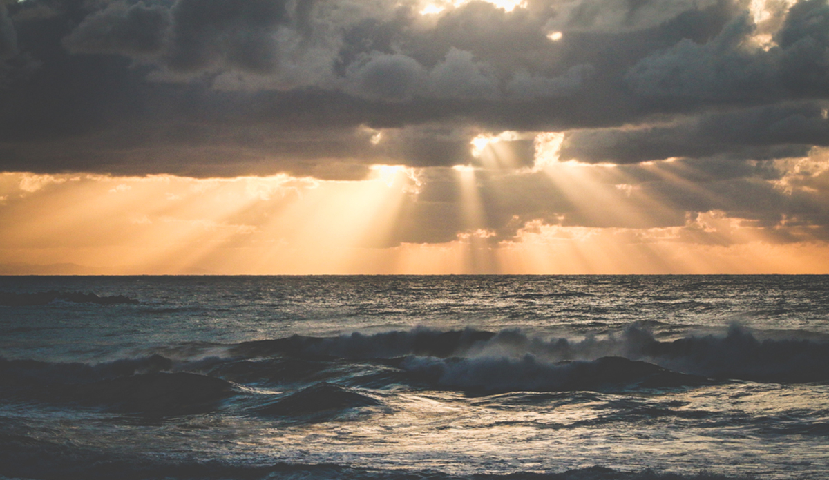 "Zurriola beach, San Sebastian. Photo: <a href=\""http://aleromomar.tumblr.com\""> Ale Romo</a>"