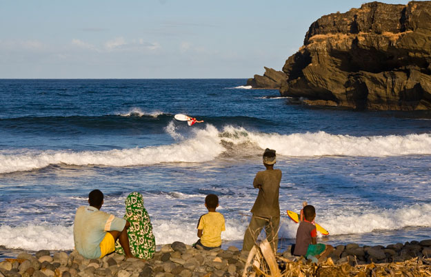 Comoros Surfing