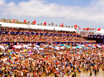 The final day of the US Open of Surfing - just hours before riots broke out. Photo: Michael Llanande/US Open