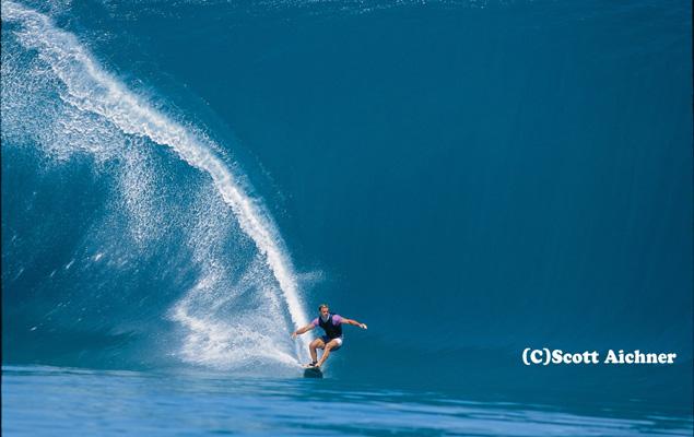 """Laird's """"Millennium Wave"""" from the channel. Photo: Scott Aichner"""