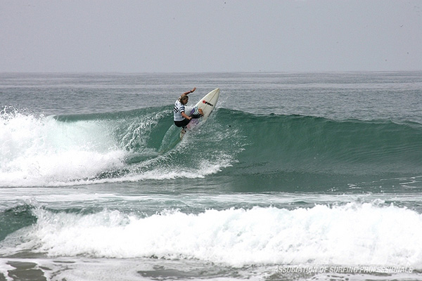 Two things Paige Hareb sets: good examples and a solid rail. Photo: ASP / Shadley