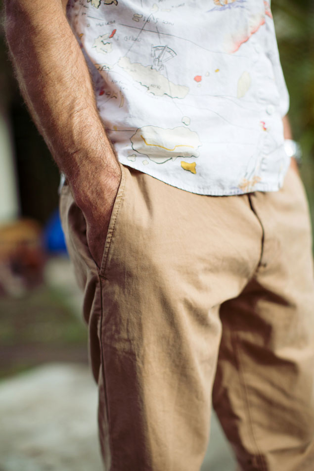 GAP Lived In Khakis Surf