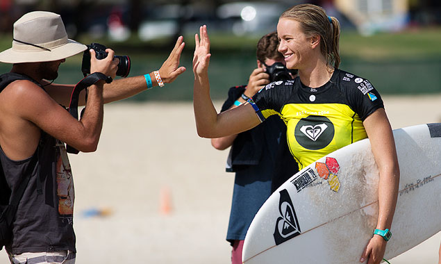 Bianca Buitendag high-fives a photographer that's now allowed to do what he wants with that photo. Photo Matt Dunbar