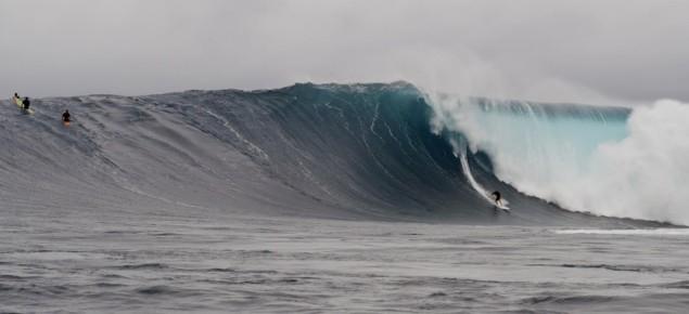 Nic At Jaws   image: Larry Haynes