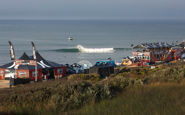 Waves For Water and ASP have partnered to implement clean water programs during every event of the season. Photo: W4W